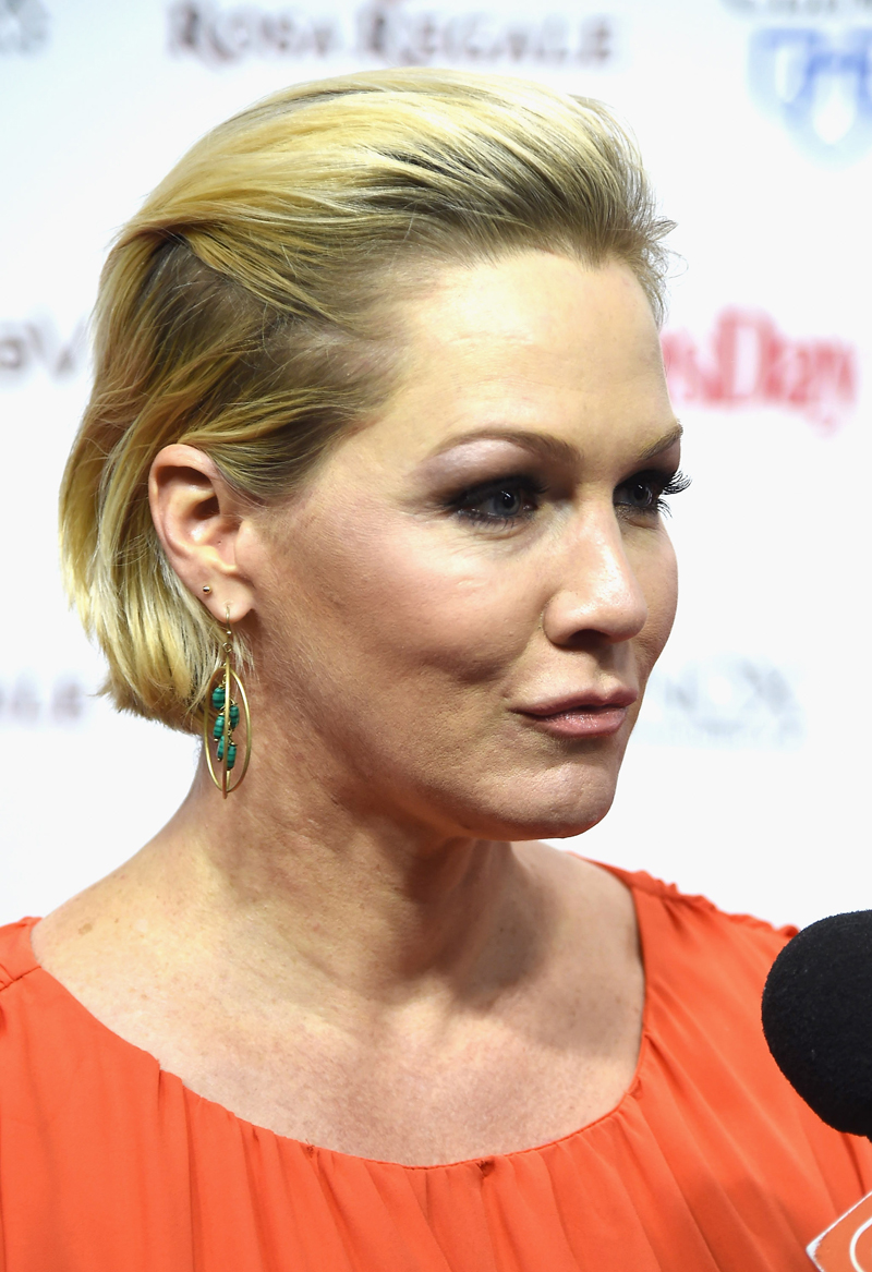 Jennie garth and luke perry are dating report 3