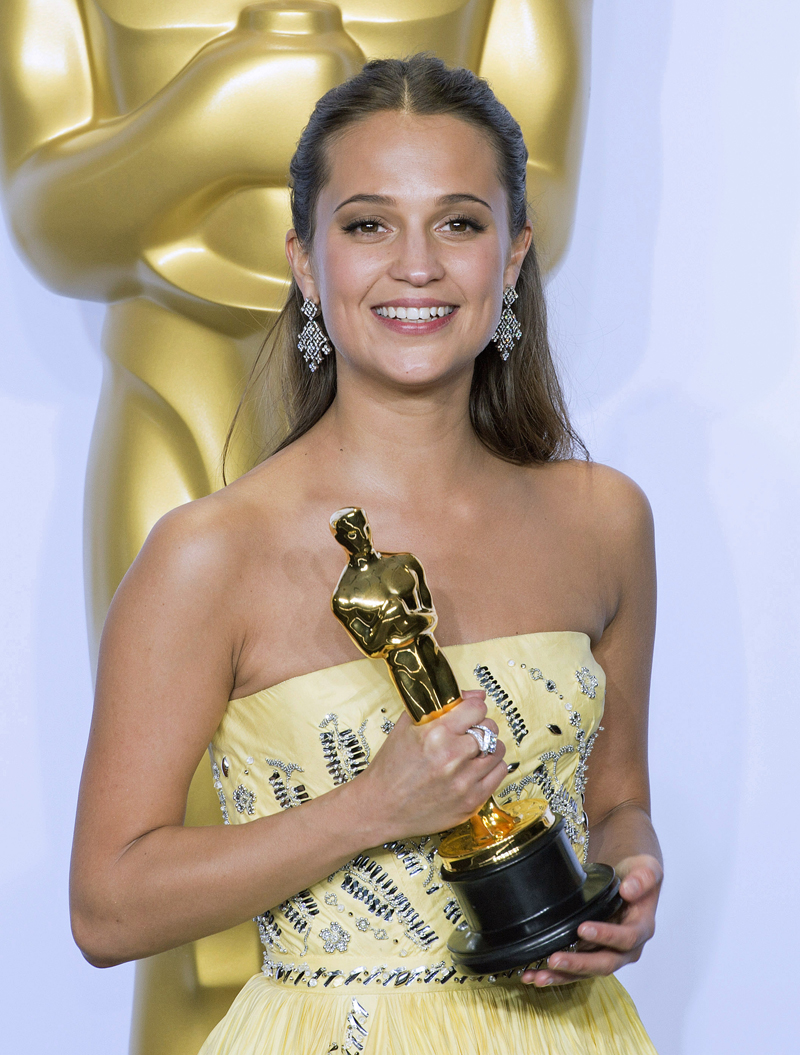 10 things you dont know about alicia vikander national enquirer
