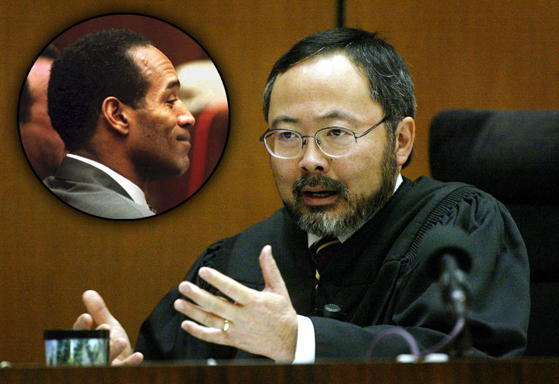 o j simpson murder trial The people v oj simpson was called the trial of the century for good reason it was dramatic and gave court tv a reason to exist: the celebrities, the gruesome nature of the murders, the.
