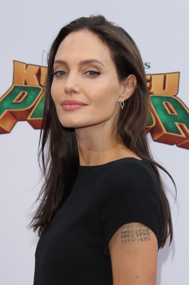 Angelina Jolie Anorexia Crisis — Down To 79 Lbs | National ... Angelina Jolie