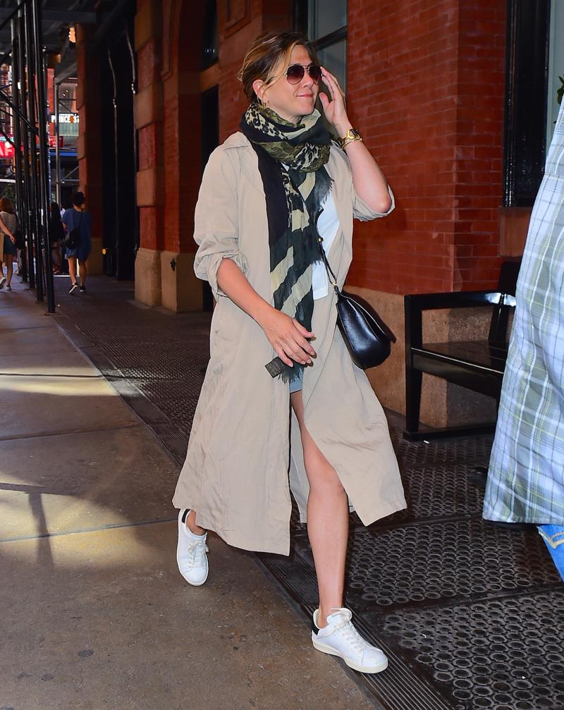 Jeniffer Aniston Pregnant 56