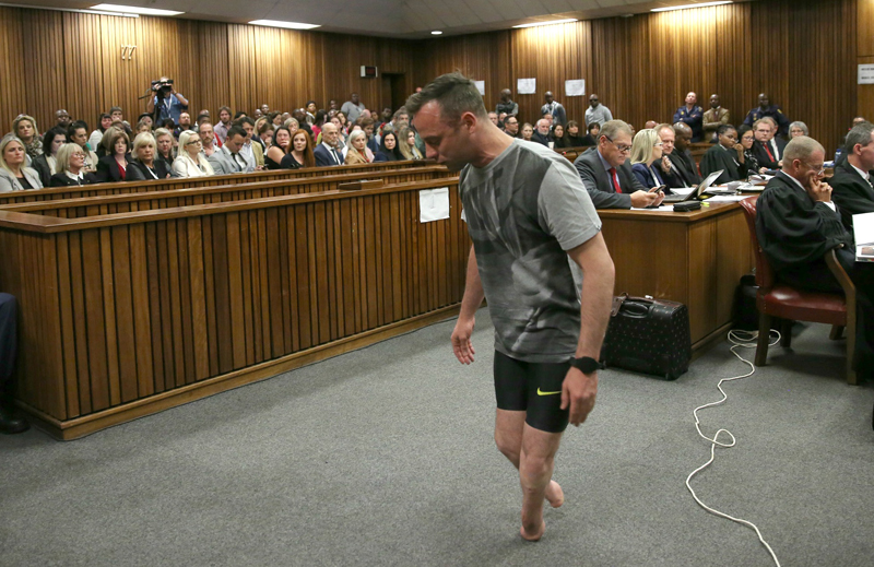 pistorius girlfriend killed In a south african court where oscar pistorius is to be sentenced for the murder of his girlfriend, reeva steenkamp, the victim's father said mr pistorius must pay for his crime.