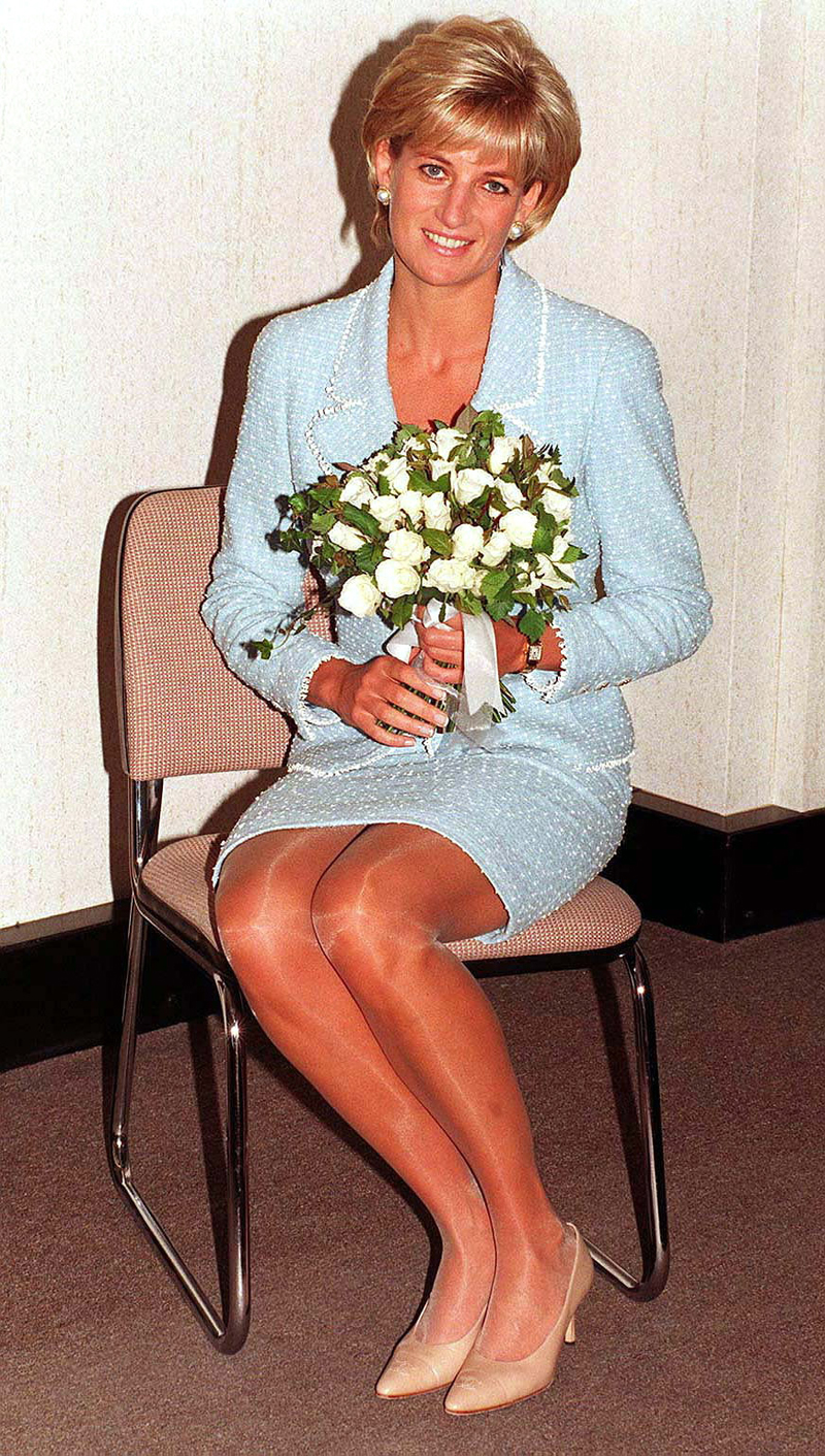 Princess diana 39 s confession harry 39 s real father Diana princess of wales affairs