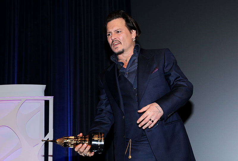 Johnny Depp: Movie Star's Wild Spending Sprees Revealed! Johnny Depp Broke