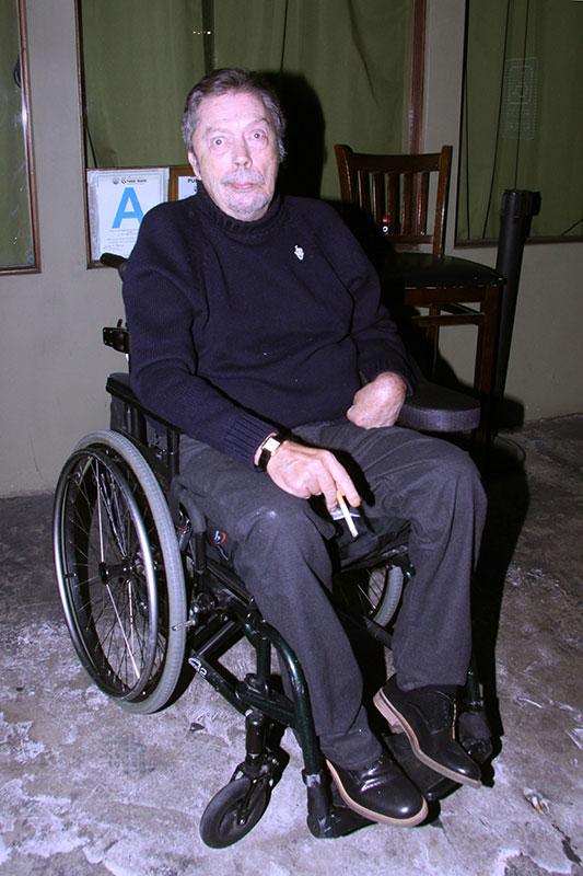 Tim Curry Health Crisis: 'Rocky Horror' Star Keeps Smoking ... Mischa Barton Dead