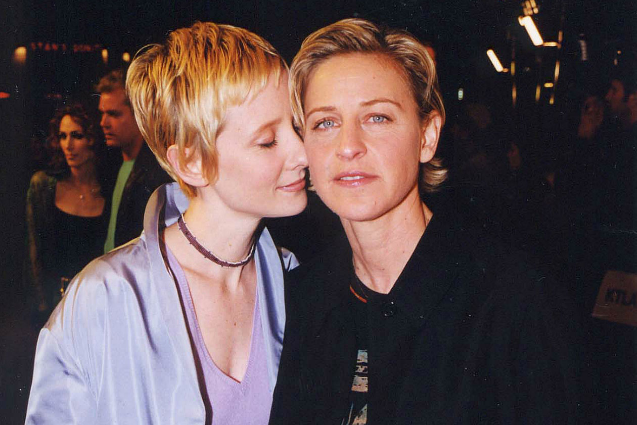 write to ellen degeneres Get ellen degeneres's contact information including address, agent, manager & publicist with phone, fax and email addresses.