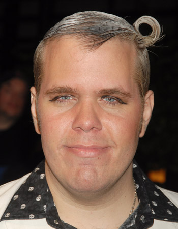 Perez Hilton showed up to the Maxim's 8th Annual Hot 100 party looking like a casting reject from Moulin Rouge