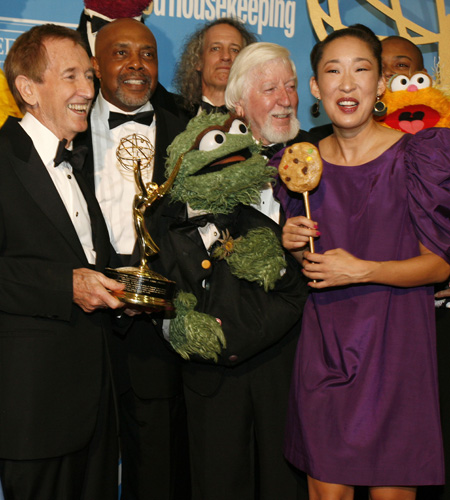 Sandra Oh celebrates 40 years of <I>Sesame Street</i>