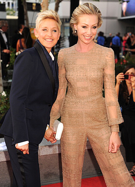 ELLEN DEGENERES & PORTIA di ROSSI TV hostess with the most