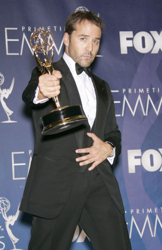 Jeremy Piven with the award for Outstanding Supporting Actor in a Comedy Series in the pressroom at the 59th annual Primetime Emmy Awards.