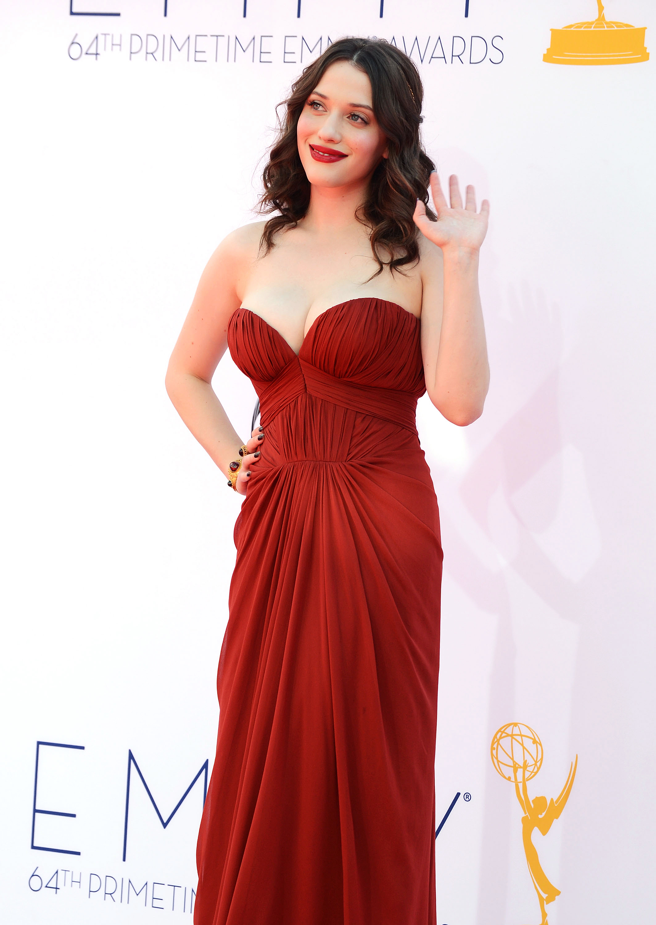 "KAT DENNINGS ""TWO BROKE GIRLS"""