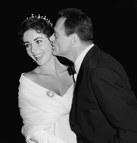 LIZ TAYLOR & hubby MIKE TODD 1957