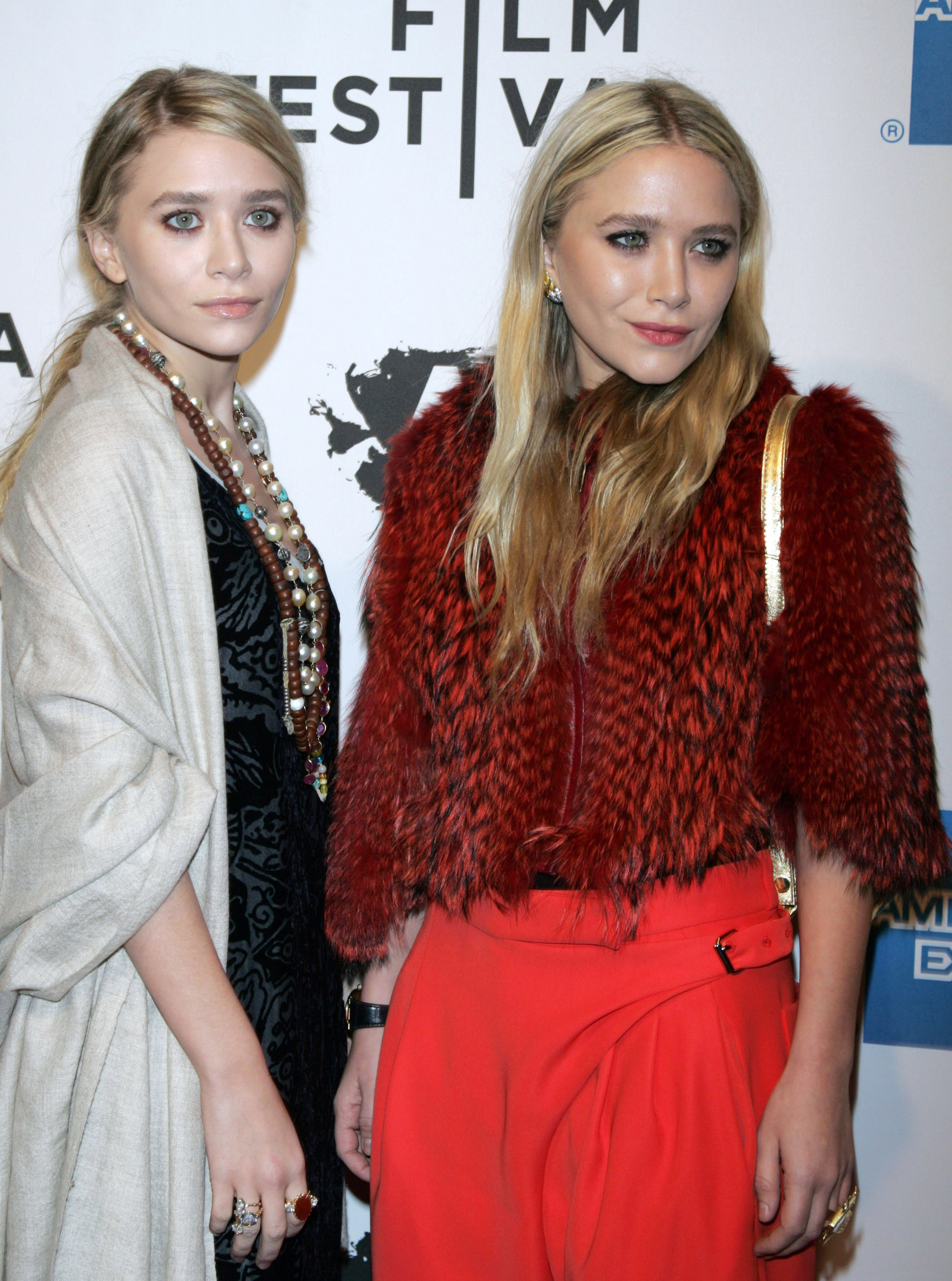 Mary-Kate and Ashley Olsen at the premiere of <i>Union</i>.
