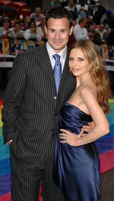 Freddie Prinze, Jr. and Sarah Michelle Gellar